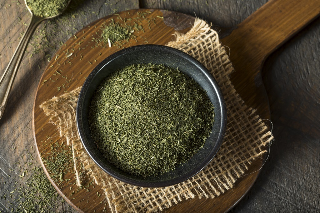 decarbed weed in a pan