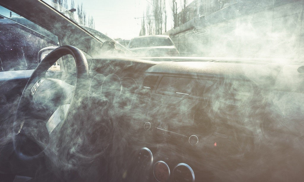 weed smoke and smell in the car